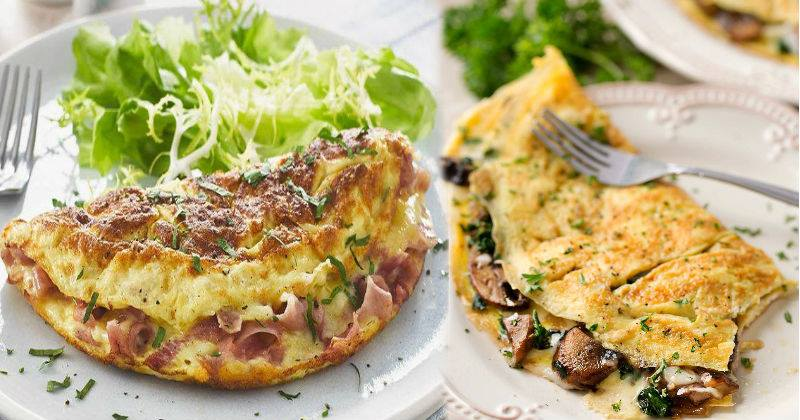 Stuffed Omelette With Cheesy Garlic Mushroom & Corn